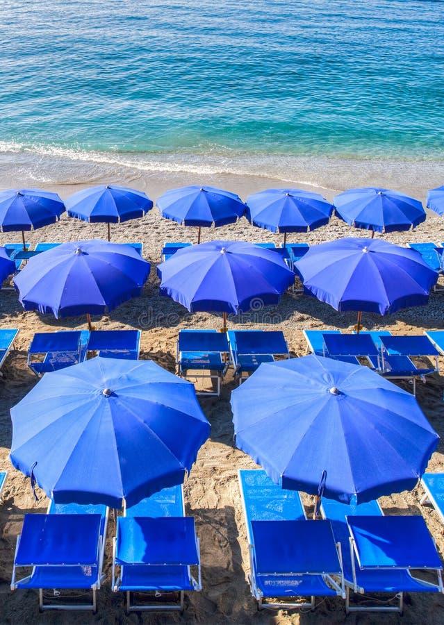 Paraplu III van het strand stock afbeeldingen
