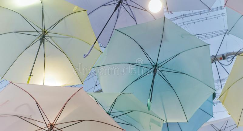 Parapluie coloré images libres de droits