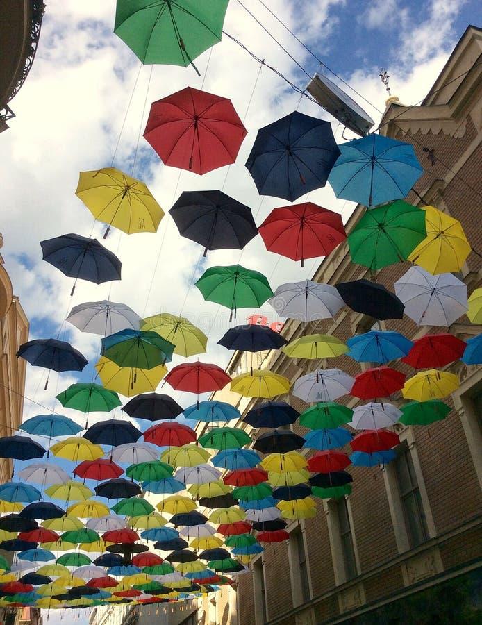 Parapluies au-dessus de Brno photographie stock libre de droits
