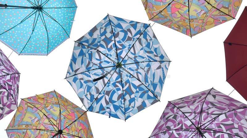 Parapluies d'isolement sur le fond blanc illustration de vecteur