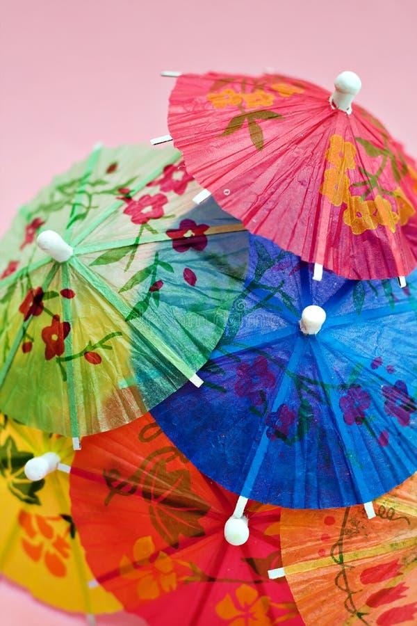 Parapluies de fête de boissons photo stock