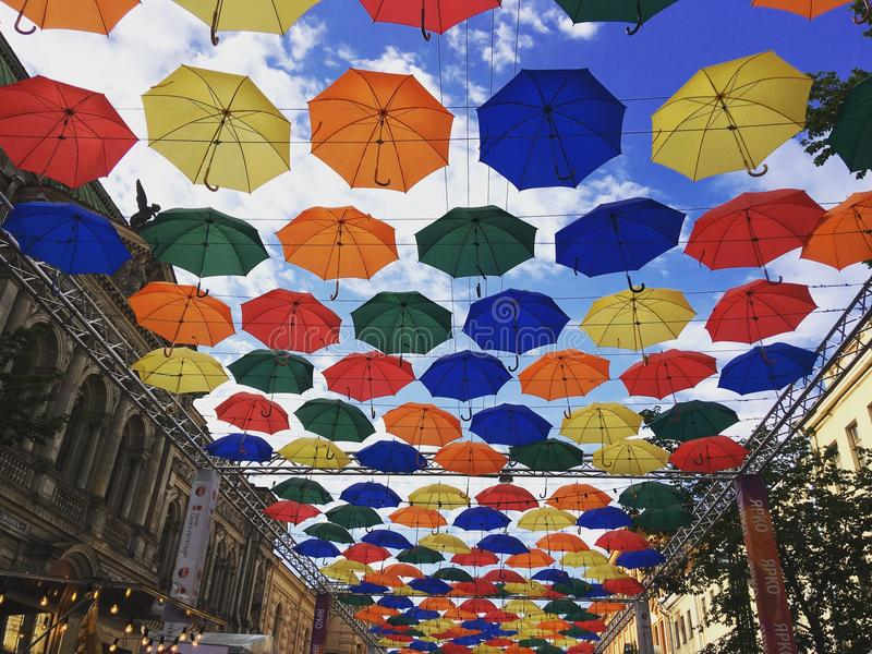 Paraplyer, St Petersburg & x28; Russia& x29; royaltyfri foto