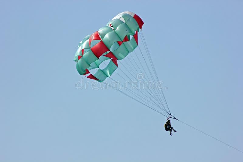 Parasailing no Playa del Carmen, Quintana Roo, México imagens de stock