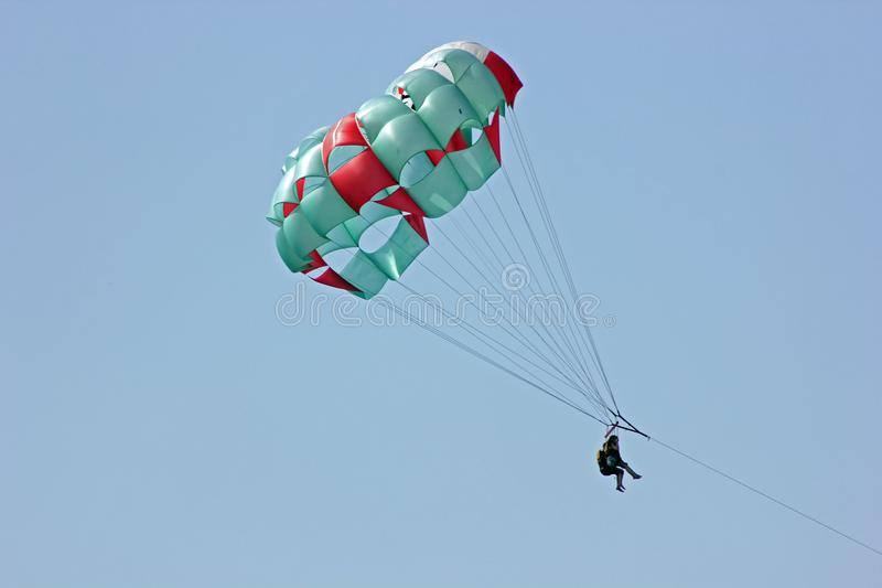 Parasailing in Playa del Carmen, Quintana Roo, México immagini stock