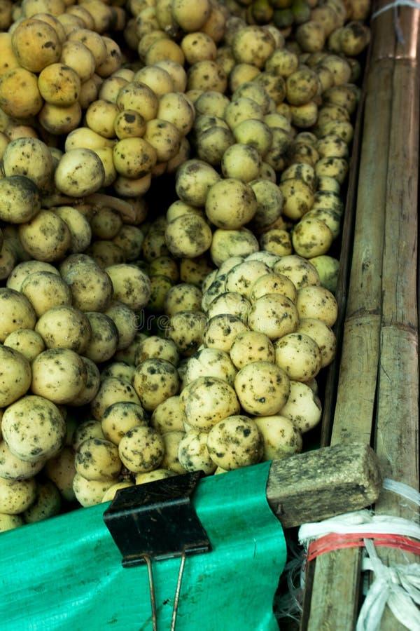 Parasiticum Longkong oder Wollongong Lansium ist tropische Frucht Es ` s Geschmack ist süß und sauer lizenzfreie stockbilder