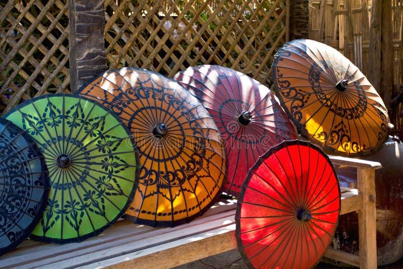 Parasol birmano tradicional fotografía de archivo