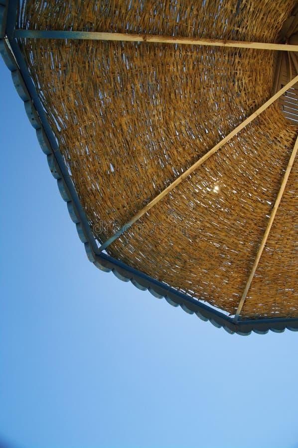 Download Parasole immagine stock. Immagine di vacanza, sunny, ricorso - 7315107