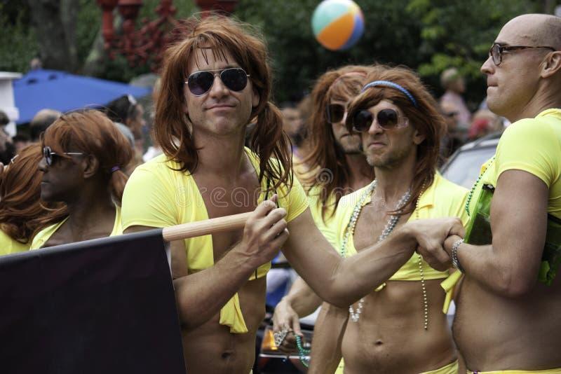 Parata di carnevale di Provincetown in Provincetown, Massachusetts il 22 agosto 2013. immagine stock libera da diritti