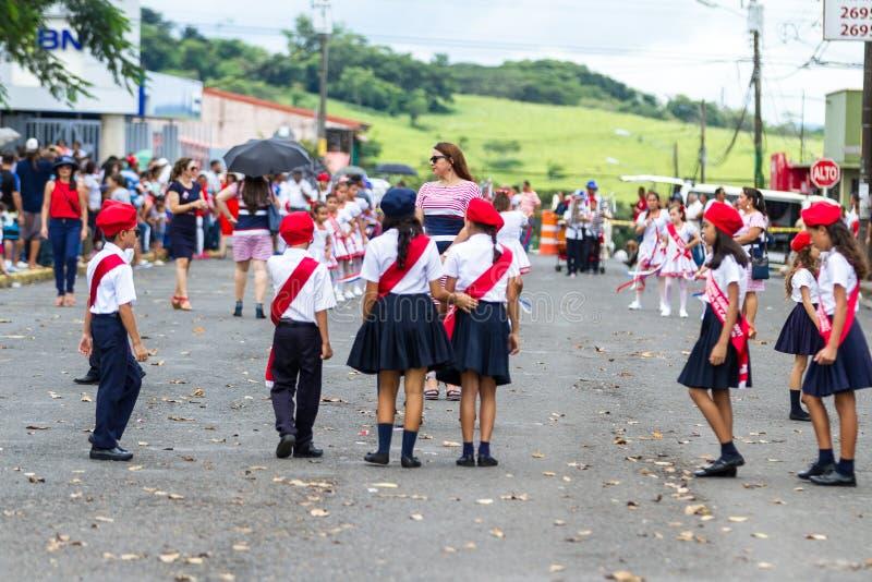 Parata di festa dell'indipendenza, costo Rica immagini stock
