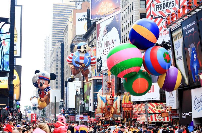 Parata il 26 novembre 2009 di giorno di ringraziamento del Macy