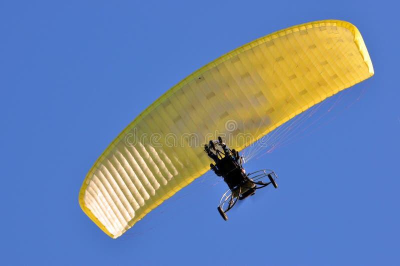 Download Paratrike w niebie. obraz stock. Obraz złożonej z airfoil - 28955483