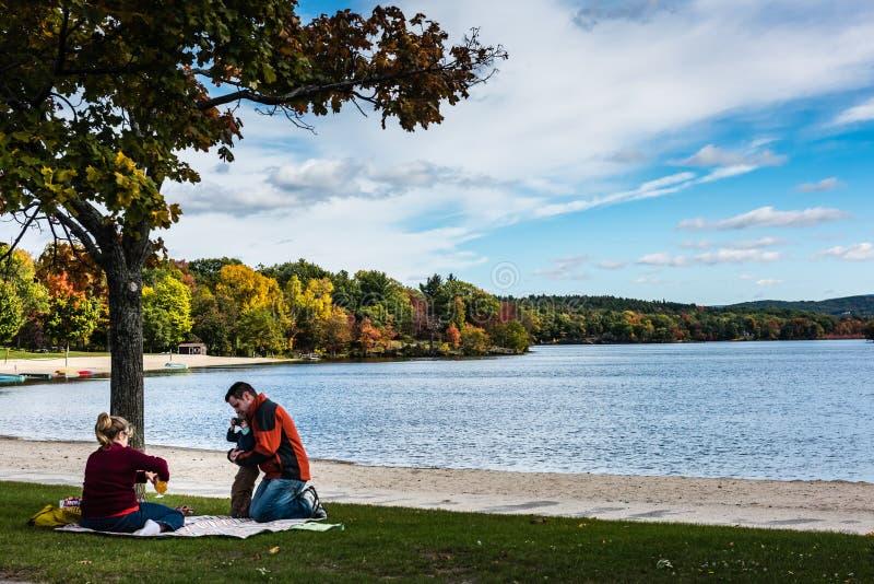 Parc d'état de Taghkanic de lac - Ancram, NY photo libre de droits
