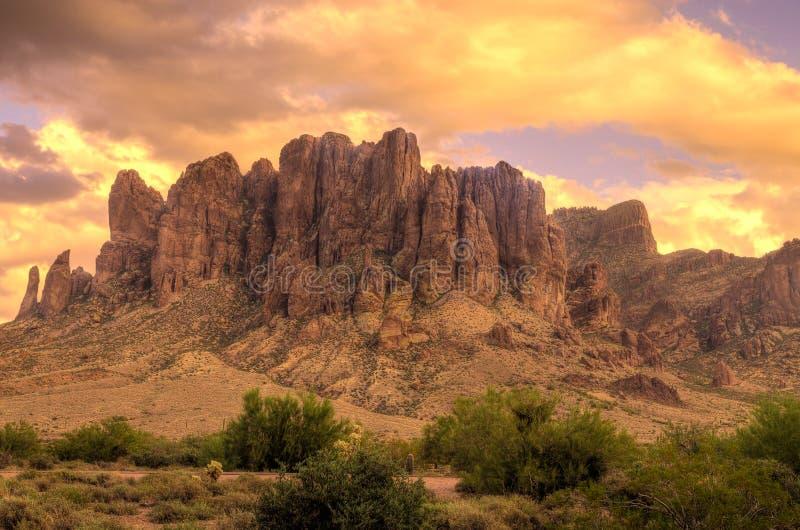 Parc d'état Région-perdu de Néerlandais de montagne d'AZ-superstition photo stock