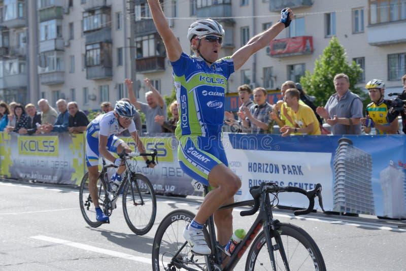 Parc 2013 d'horizon de course de bicyclette à Kiev image libre de droits