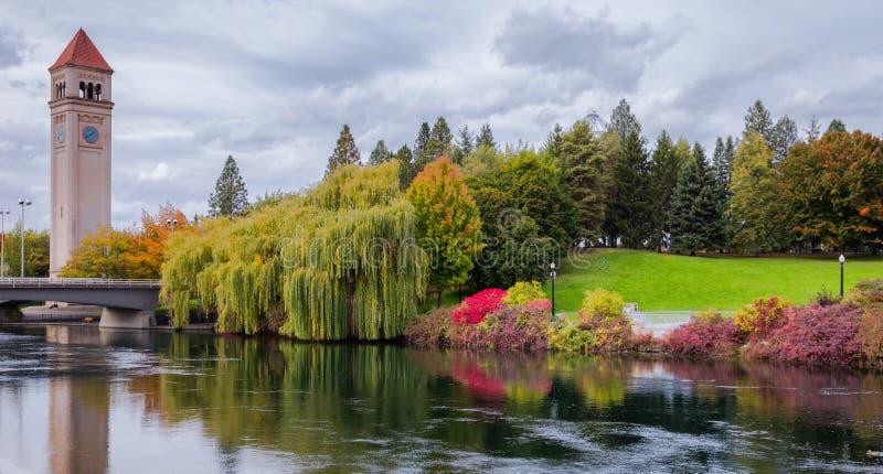 Parc de façade d'une rivière de Spokane photos libres de droits
