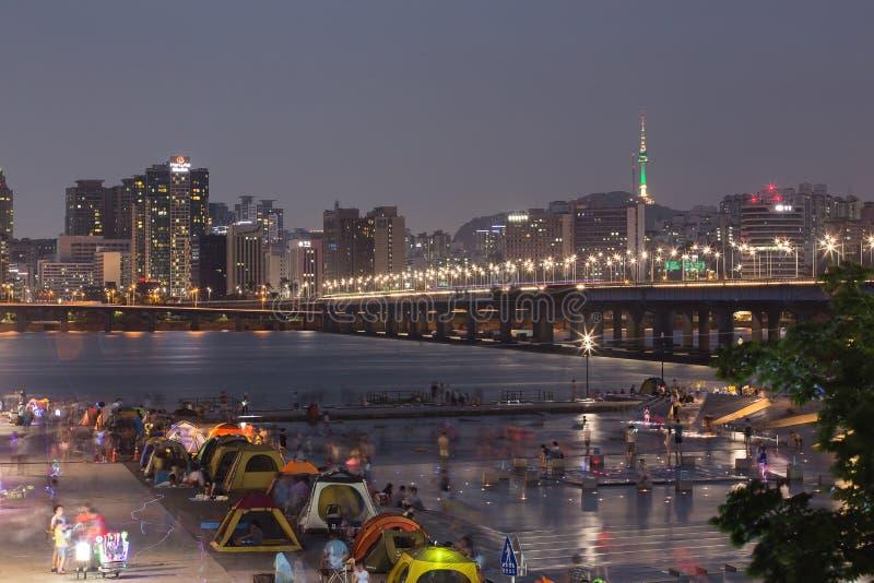 Parc de Yeouido Hangang la nuit pendant l'été à Séoul, Corée du Sud images stock