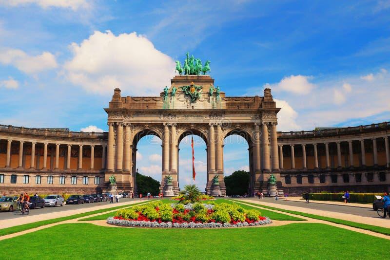 Parc du Cinquantenaire i Bryssel arkivbild