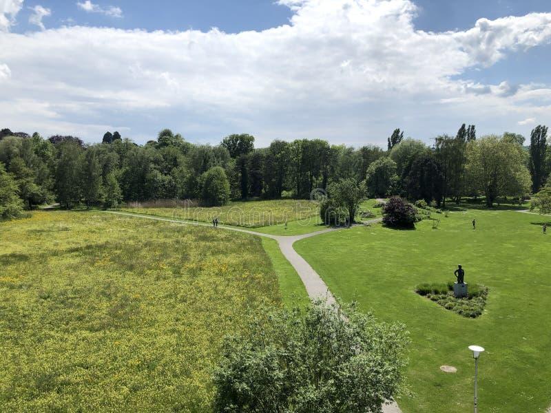 Parc et arbor?tum Seeburgpark dans Kreuzlingen, Suisse images stock