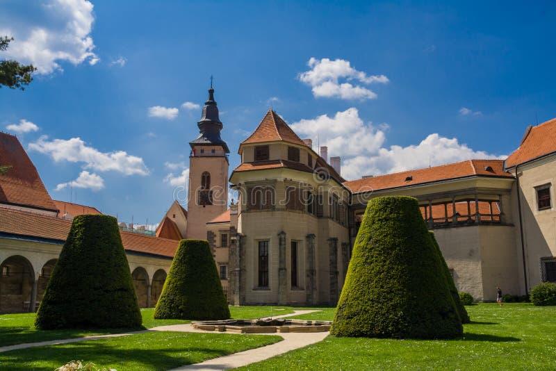 Parc im Telc-Schloss lizenzfreie stockbilder