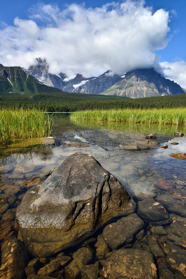 Parc national de Banff de lac waterfowl image libre de droits