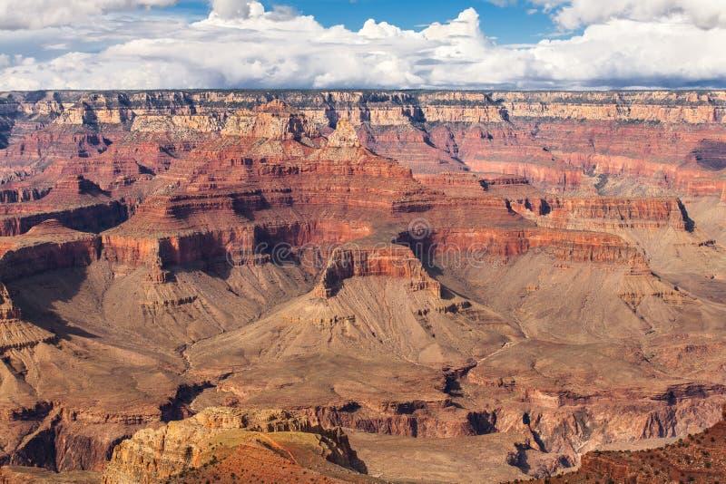 Parc national de Grand Canyon de vue scénique, Arizona, Etats-Unis Jour ensoleillé de paysage de panorama avec le ciel bleu image libre de droits