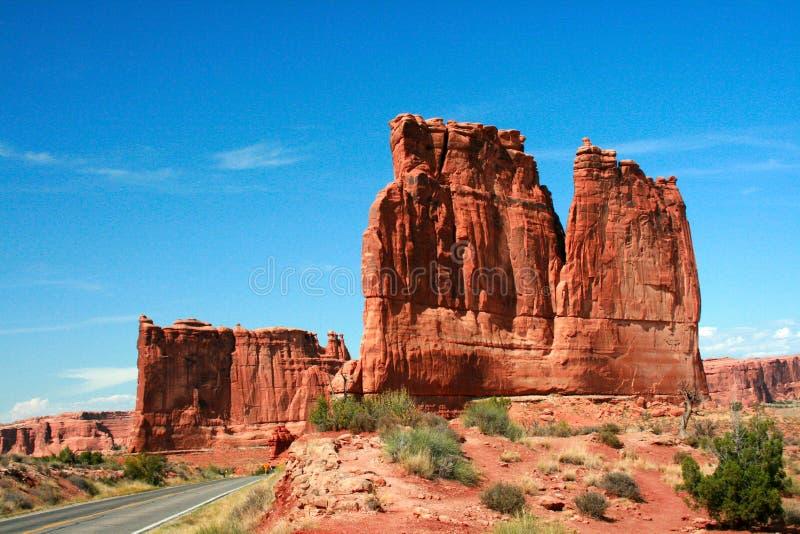 Parc national de voûtes d'une route de l'Utah image libre de droits