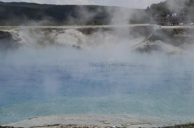 Parc national de Yellowstone de cratère excelsior de geyser image stock
