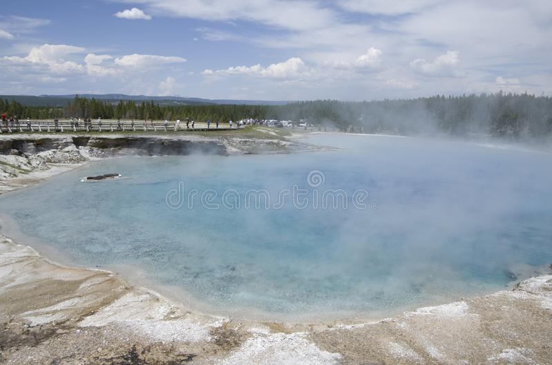 Parc national de Yellowstone de cratère excelsior de geyser photos stock