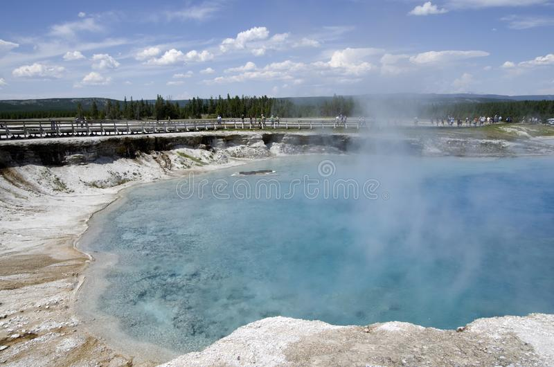 Parc national de Yellowstone de cratère excelsior de geyser photographie stock