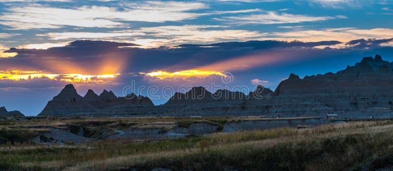 Parc national le Dakota du Sud de beaux bad-lands de coucher du soleil image libre de droits
