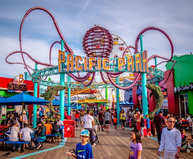 Parc Pacifique sur Santa Monica Pier - LOS ANGELES, Etats-Unis - 29 MARS 2019 photo stock