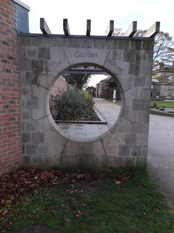 Parc Rotherham de Clifton en entrée d'hiver à la maison de jardin photo stock