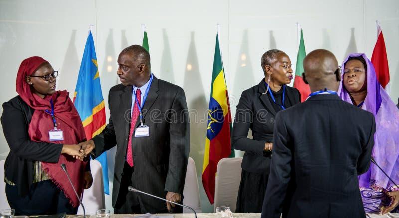 Parceria da conferência da diversidade do acordo da agitação das mãos imagens de stock