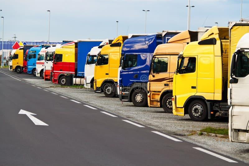 Parcheggio del camion sopra fotografia stock