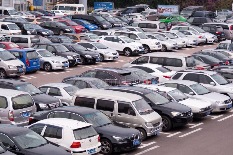 Parcheggio pubblico immagine stock