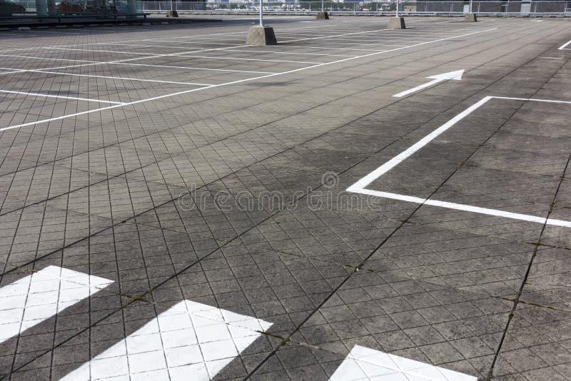 Parcheggio vuoto enorme fotografie stock libere da diritti