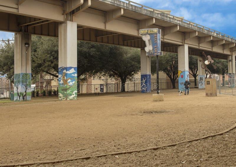 Parco centrale, Ellum profondo, il Texas della corteccia fotografia stock