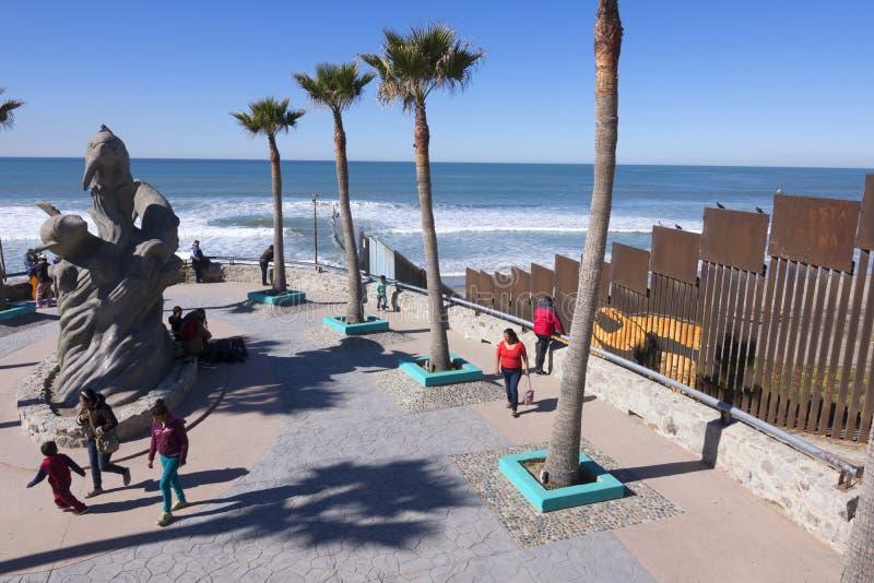 Parco della spiaggia di Tijuana al confine fotografia stock