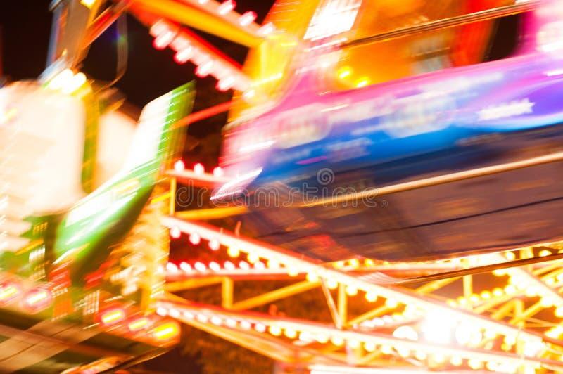 Parco di divertimenti alla notte immagini stock