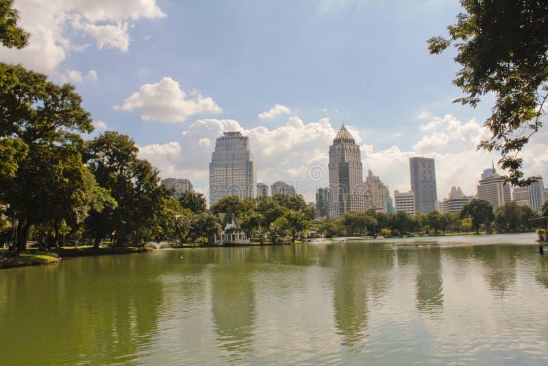 Parco di Lumpini a Bangkok immagini stock