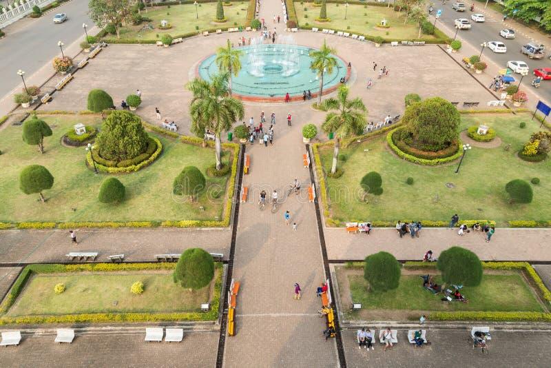 Parco di Patuxai osservato da sopra in Vientiane fotografia stock libera da diritti