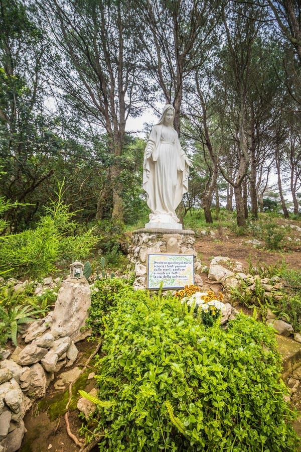 Parco Filosofico na ilha de Capri, Itália foto de stock