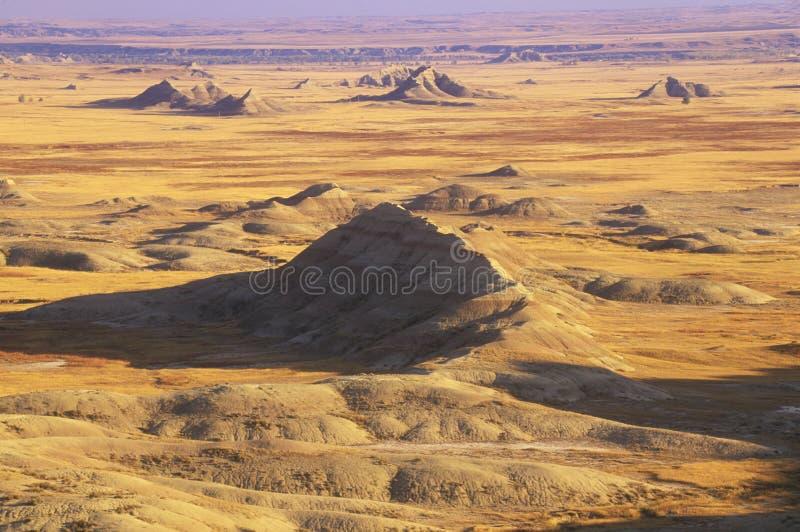Parco nazionale al tramonto, Sud Dakota dei calanchi immagini stock