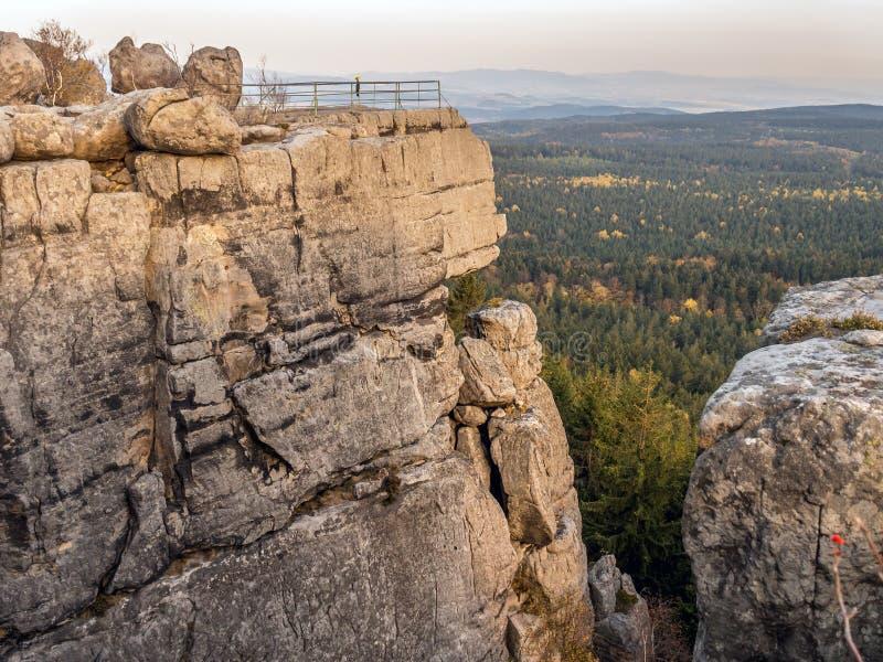 Parco nazionale delle montagne di Szczeliniec Wielki - Tabella (Polonia) fotografie stock