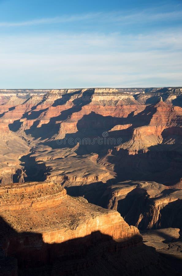 Parco nazionale di Grand Canyon ad alba nell'inverno con una vista dall'orlo del sud fotografia stock