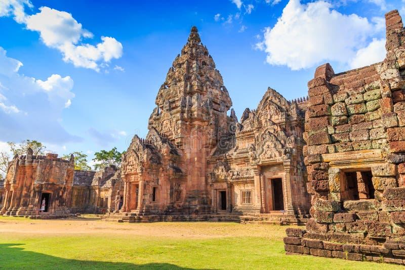 Parco storico di Phimai, un patrimonio mondiale di pietra antico del castello in Tailandia fotografia stock