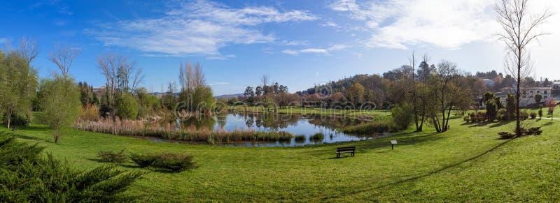 Parco urbano di Parque da Devesa in Vila Nova de Famalicao, Portogallo immagine stock libera da diritti