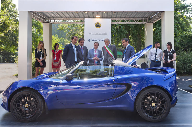 Parco Valentino - Salone & Gran Premio - Car Show dell'aria aperta a Torino fotografie stock