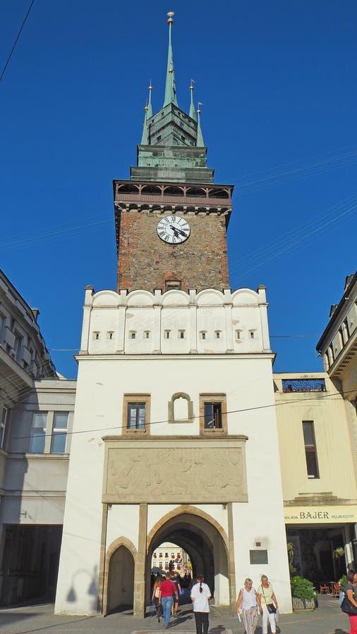 Pardubice, чехия Зеленая башня одно символов города стоковые фотографии rf