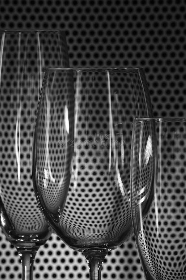 Parecchi vetri di vino trasparenti immagine stock